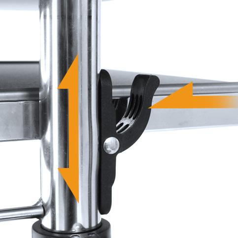 3.落下防止の昇降ロックレバーを押しながら昇降させます。